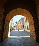 Όμορφη οδός και παλαιά φωτεινά κτήρια στην παλαιά πόλη του Lublin, Πολωνία Στοκ φωτογραφία με δικαίωμα ελεύθερης χρήσης