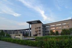 Όμορφη πανεπιστημιούπολη στην Κίνα Στοκ εικόνα με δικαίωμα ελεύθερης χρήσης