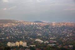 Όμορφη πανοραμική άποψη της πόλης της Βουδαπέστης στην πλευρά Buda Ουγγαρία στοκ φωτογραφίες