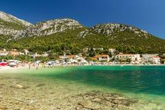 Όμορφη παραλία στη Μεσόγειο, θέρετρο Klek κοντά στη Βοσνία και Hercegovina στην Κροατία Στοκ φωτογραφία με δικαίωμα ελεύθερης χρήσης