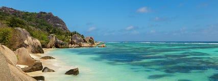 Όμορφη παραλία των Σεϋχελλών, Λα Digue, πηγή δ ` Argent νησιών Anse Στοκ εικόνες με δικαίωμα ελεύθερης χρήσης