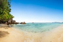 Όμορφη παραλία των Σεϋχελλών στο Λα Digue Στοκ φωτογραφία με δικαίωμα ελεύθερης χρήσης