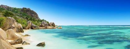 Όμορφη παραλία των Σεϋχελλών στο Λα Digue Στοκ Εικόνες