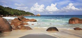 Όμορφη παραλία Anse Λάτσιο Στοκ Εικόνες