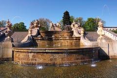 Όμορφη πηγή πετρών στον κήπο του κάστρου Cesky Krumlov Στοκ φωτογραφία με δικαίωμα ελεύθερης χρήσης
