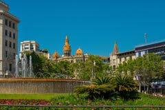 Όμορφη πηγή σε Plaza Catalunya Στοκ Εικόνα
