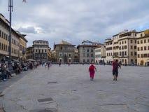 Όμορφη πλατεία Santa Croce στην πόλη της Φλωρεντίας - της ΦΛΩΡΕΝΤΙΑΣ/της ΙΤΑΛΙΑΣ - 12 Σεπτεμβρίου 2017 Στοκ Εικόνες