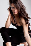 όμορφη πρότυπη τοποθέτηση μόδας στοκ φωτογραφία με δικαίωμα ελεύθερης χρήσης