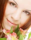 όμορφη ρόδινη γυναίκα λου&l Στοκ εικόνα με δικαίωμα ελεύθερης χρήσης