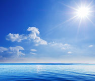 Όμορφη σκηνή του ωκεανού και του ουρανού Στοκ Εικόνες