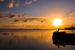 όμορφη σκιαγραφία κοριτσ& Στοκ Εικόνα