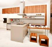 Σύγχρονη κουζίνα Στοκ Φωτογραφίες