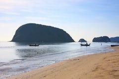 Όμορφη τοπική παραλία Parnburi Ταϊλάνδη Στοκ Εικόνα