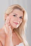 όμορφη υγιής γυναίκα δερμ Στοκ Εικόνες