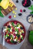 Όμορφη υγιής σαλάτα στοκ φωτογραφίες