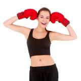 Όμορφη φίλαθλη γυναίκα με τα εγκιβωτίζοντας γάντια στοκ εικόνα με δικαίωμα ελεύθερης χρήσης