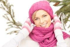 όμορφη χειμερινή γυναίκα κ Στοκ Εικόνα
