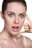 όμορφη χειρονομία κλήσης π στοκ φωτογραφία με δικαίωμα ελεύθερης χρήσης