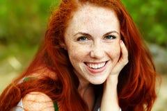 όμορφη redhead γυναίκα Στοκ Εικόνες