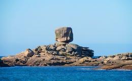 Όμορφοι βράχοι στη θάλασσα Στοκ Εικόνες