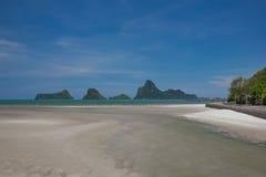 Όμορφοι θάλασσα και ουρανός στο AO Prachuab Prachuap Khiri Khan Ταϊλάνδη Στοκ φωτογραφίες με δικαίωμα ελεύθερης χρήσης
