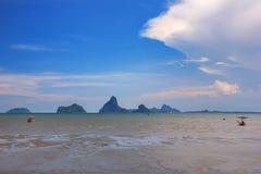 Όμορφοι θάλασσα και ουρανός στο AO Prachuab Prachuap Khiri Khan Ταϊλάνδη Στοκ εικόνα με δικαίωμα ελεύθερης χρήσης