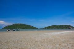 Όμορφοι θάλασσα και ουρανός στο AO Prachuab Prachuap Khiri Khan Ταϊλάνδη Στοκ Εικόνες