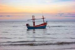 Όμορφοι θάλασσα και ουρανός στο AO Prachuab Prachuap Khiri Khan Ταϊλάνδη Στοκ φωτογραφία με δικαίωμα ελεύθερης χρήσης