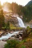 Όμορφοι καταρράκτης Krimml και ρεύμα βουνών στο έθνος Tauern Στοκ Εικόνα