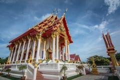Όμορφοι ναός και μπλε ουρανός, Ταϊλάνδη Στοκ Εικόνες