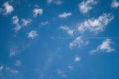 Όμορφοι σχηματισμοί σύννεφων στον ουρανό στοκ φωτογραφία με δικαίωμα ελεύθερης χρήσης