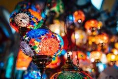 Όμορφοι τουρκικοί λαμπτήρες μωσαϊκών Στοκ εικόνα με δικαίωμα ελεύθερης χρήσης