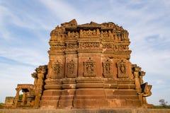 Όμορφοι χαρασμένοι αρχαίοι ναοί Jain που κατασκευάζονται στη 6η ΑΓΓΕΛΙΑ αιώνα σε Osian, Ινδία Στοκ εικόνες με δικαίωμα ελεύθερης χρήσης