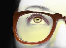 Όμορφος ένας οξυδερκής φαίνεται μάτι με την επίδραση τέχνης Κλείστε αυξημένος στοκ φωτογραφία με δικαίωμα ελεύθερης χρήσης