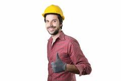 Όμορφος γενειοφόρος εργαζόμενος ατόμων Στοκ φωτογραφίες με δικαίωμα ελεύθερης χρήσης