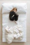Όμορφος γλυκός ύπνος παιδιών πλήρως Στοκ φωτογραφίες με δικαίωμα ελεύθερης χρήσης