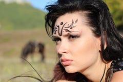 Όμορφος επιθετικός πολεμιστής Αμαζώνες κοριτσιών Στοκ Εικόνα