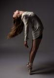 Όμορφος θηλυκός χορευτής στοκ εικόνες