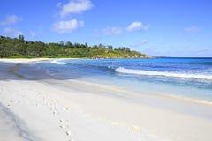 Όμορφος Ινδικός Ωκεανός στην παραλία Anse Cocos Στοκ φωτογραφία με δικαίωμα ελεύθερης χρήσης