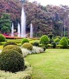 Όμορφος κήπος τοπίων σχεδίου flowery Στοκ φωτογραφίες με δικαίωμα ελεύθερης χρήσης