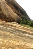 Όμορφος λόφος σύστασης του sittanavasal ναού σπηλιών σύνθετου στοκ εικόνα με δικαίωμα ελεύθερης χρήσης