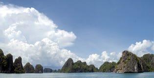 Όμορφος μακρύς κόλπος εκταρίου κόλπων θάλασσας, Βιετνάμ Στοκ Φωτογραφίες