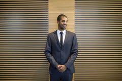 Όμορφος μαύρος επιχειρηματίας Στοκ Φωτογραφίες