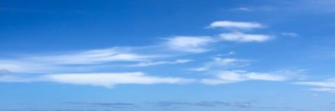όμορφος μπλε ουρανός σύνν&e ουρανός σύννεφων Ουρανός με το μπλε σύννεφων καιρικής φύσης σύννεφων Στοκ Εικόνες