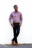Όμορφος νέος αφρικανικός τύπος Στοκ εικόνες με δικαίωμα ελεύθερης χρήσης