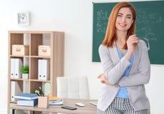 Όμορφος νέος δάσκαλος Στοκ Φωτογραφία