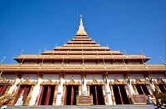 Όμορφος ναός στην ανασκόπηση μπλε ουρανού στοκ εικόνες με δικαίωμα ελεύθερης χρήσης