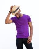 Όμορφος νεαρός άνδρας με το καπέλο Στοκ Φωτογραφίες