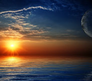 όμορφος ουρανός αντανάκλασης ακτίνων ηλιακός Στοκ φωτογραφία με δικαίωμα ελεύθερης χρήσης