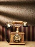 όμορφος παλαιός τηλεφωνικός τρύγος ανασκόπησης Στοκ Εικόνα